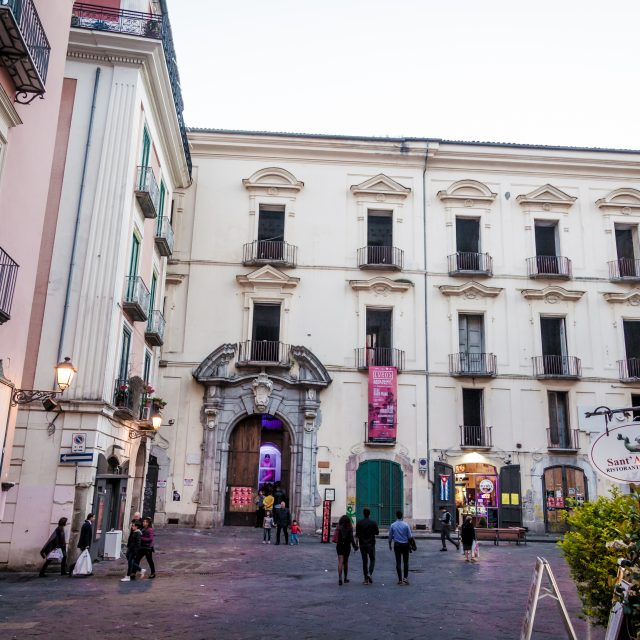 Esterna Palazzo Genovese